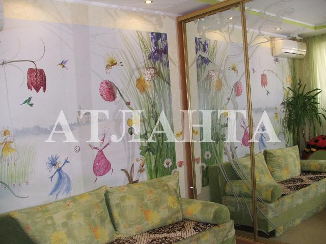 Продается 2-комнатная квартира на ул. Сахарова — 55 000 у.е.