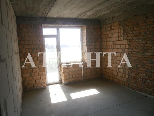 Продается 2-комнатная квартира на ул. Центральная — 21 000 у.е.