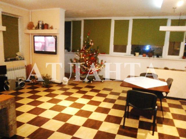 Продается 2-комнатная квартира на ул. Высоцкого — 65 000 у.е.