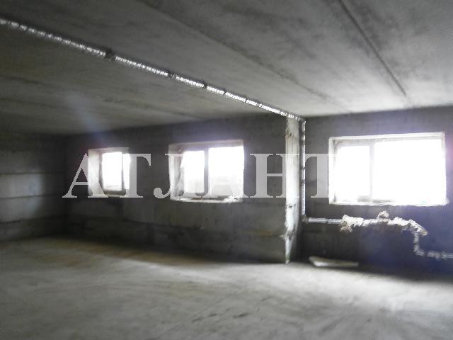 Продается 2-комнатная квартира на ул. Центральная — 6 500 у.е.