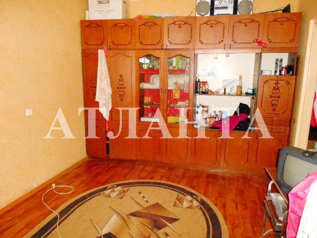 Продается 2-комнатная квартира на ул. Высоцкого — 29 000 у.е.