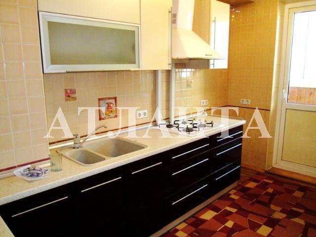 Продается 3-комнатная квартира на ул. Бочарова Ген. — 53 000 у.е.