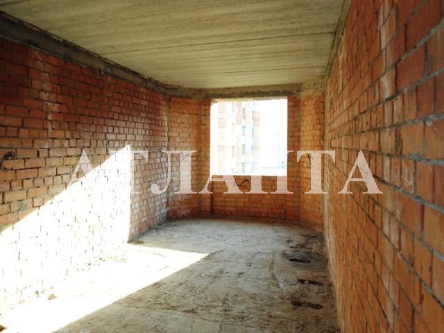 Продается 2-комнатная квартира в новострое на ул. Бочарова Ген. — 31 000 у.е. (фото №2)