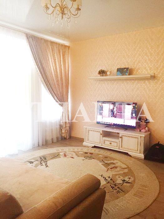 Продается 2-комнатная квартира на ул. Софиевская — 95 500 у.е.