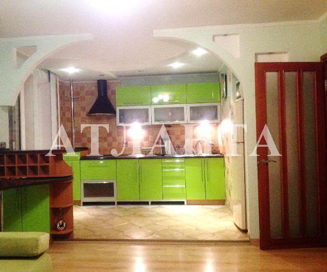 Продается 3-комнатная квартира на ул. Днепропетр. Дор. — 65 500 у.е.