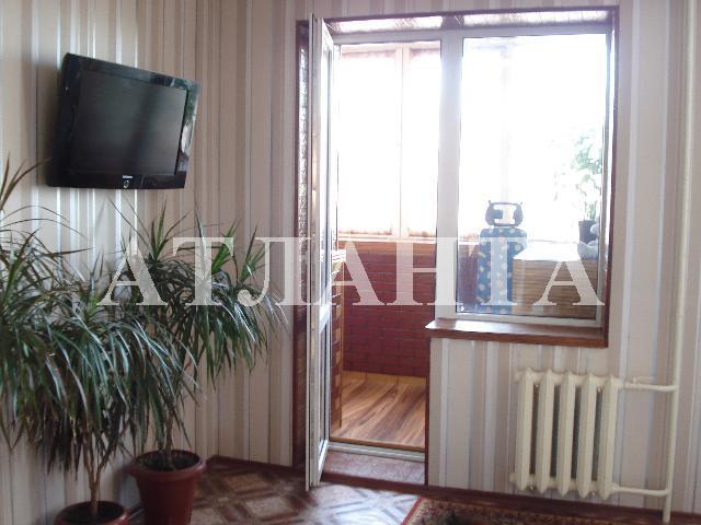 Продается 2-комнатная квартира на ул. Заболотного Ак. — 49 000 у.е.