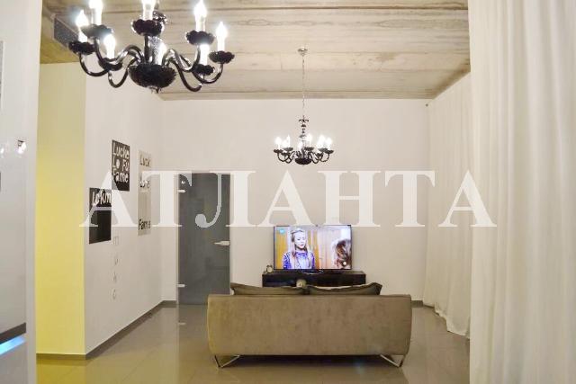Продается 2-комнатная квартира на ул. Софиевская — 90 000 у.е.