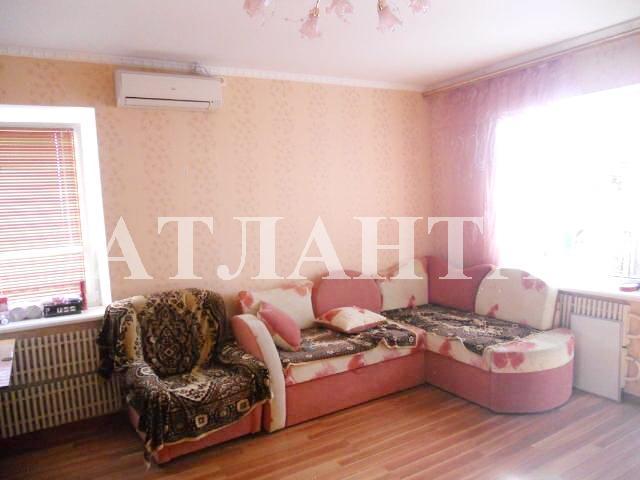 Продается 4-комнатная квартира на ул. Бочарова Ген. — 54 000 у.е.