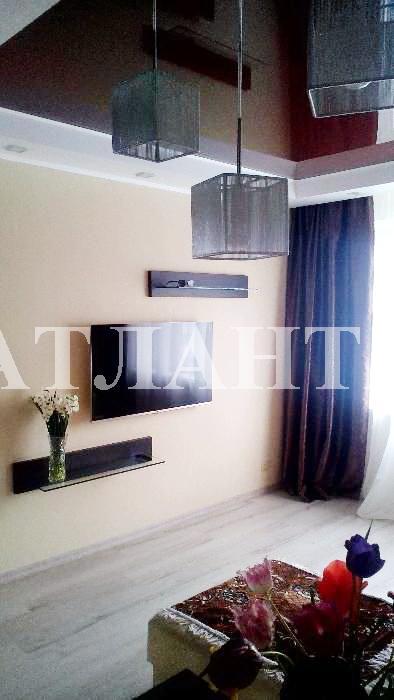 Продается 3-комнатная квартира на ул. Высоцкого — 58 000 у.е.