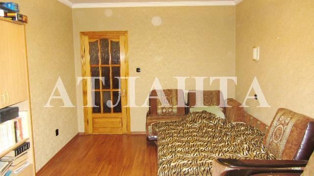 Продается 3-комнатная квартира на ул. Проспект Добровольского — 58 000 у.е.