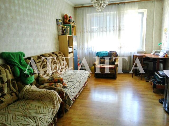 Продается 3-комнатная квартира на ул. Жолио-Кюри — 39 000 у.е.