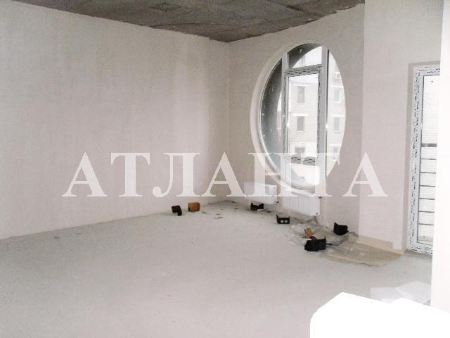Продается 2-комнатная квартира на ул. Героев Сталинграда — 54 000 у.е.