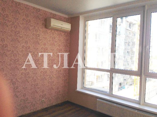 Продается 2-комнатная квартира на ул. Бочарова Ген. — 62 000 у.е.