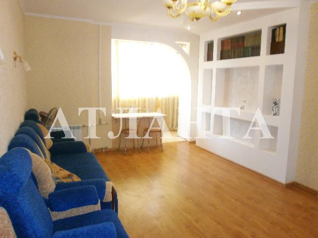 Продается 2-комнатная квартира на ул. Днепропетр. Дор. — 42 000 у.е.