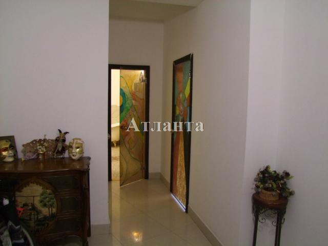 Продается 2-комнатная квартира на ул. Люстдорфская Дорога — 135 000 у.е.