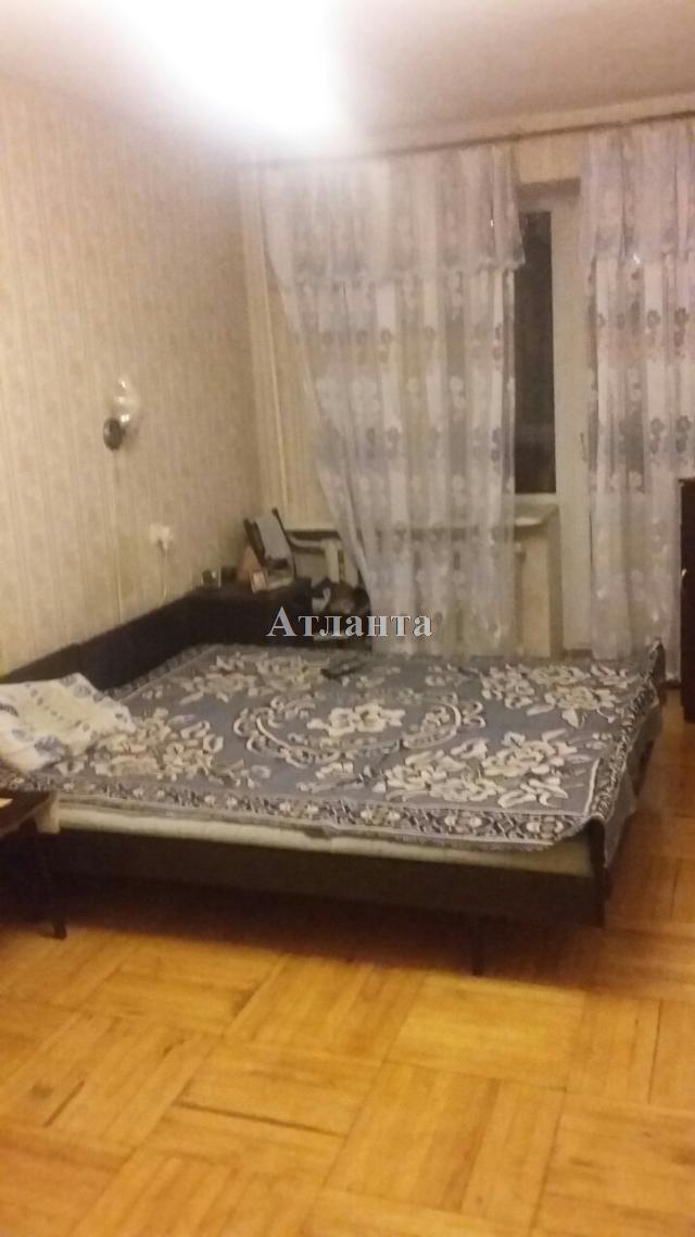 Продается 4-комнатная квартира на ул. Академика Королева — 62 000 у.е.