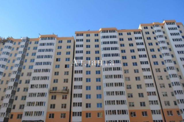 Продается 1-комнатная квартира на ул. Радужный 2 М-Н — 33 000 у.е.
