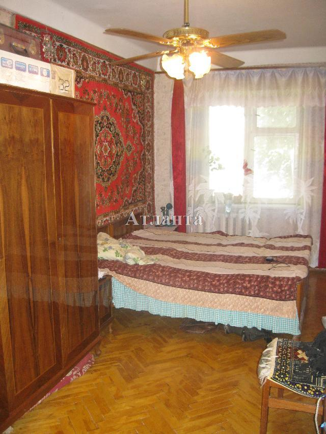 Продается 2-комнатная квартира на ул. Малиновского Марш. — 35 000 у.е.