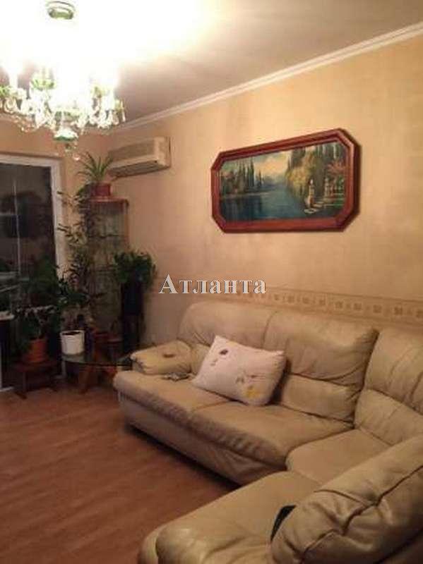 Продается 3-комнатная квартира на ул. Петрова Ген. — 50 000 у.е.
