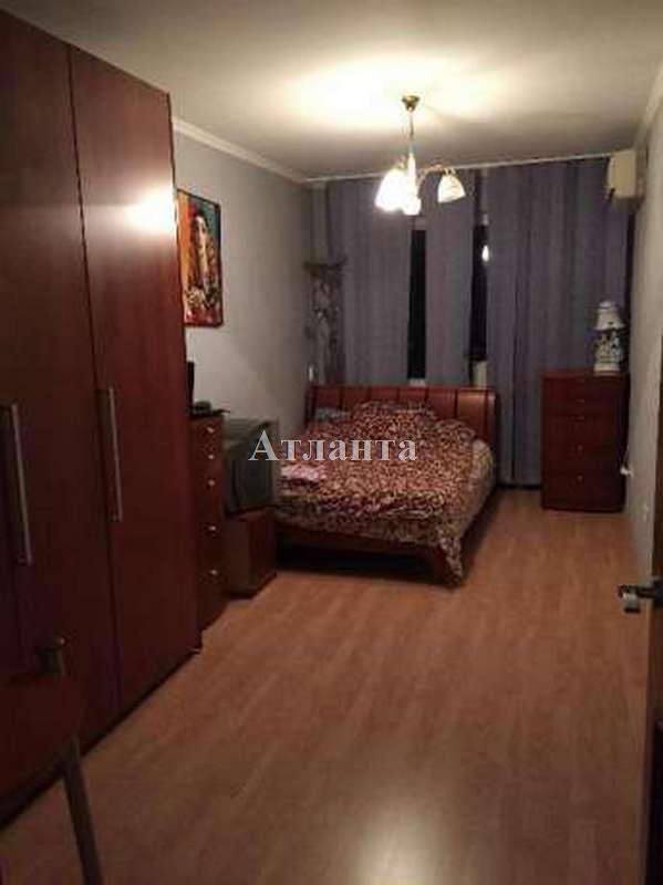 Продается 3-комнатная квартира на ул. Петрова Ген. — 50 000 у.е. (фото №2)