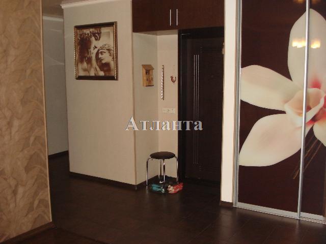 Продается 3-комнатная квартира на ул. Академика Глушко — 80 000 у.е. (фото №17)