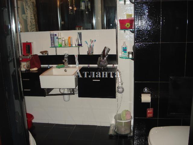 Продается 3-комнатная квартира на ул. Академика Глушко — 80 000 у.е. (фото №19)