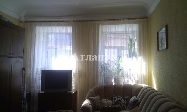 Продается 2-комнатная квартира на ул. Новосельского — 55 000 у.е.