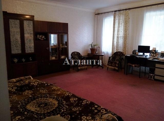 Продается 2-комнатная квартира на ул. Болгарская — 52 000 у.е.
