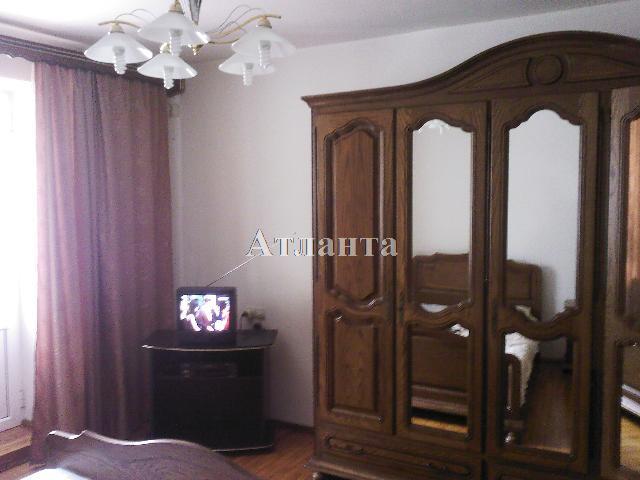 Продается 3-комнатная квартира на ул. Малиновского Марш. — 85 000 у.е.