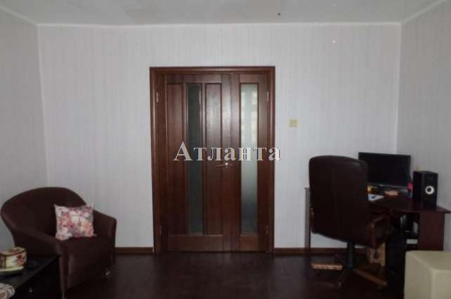 Продается 2-комнатная квартира на ул. Хвойный Пер. — 60 000 у.е.