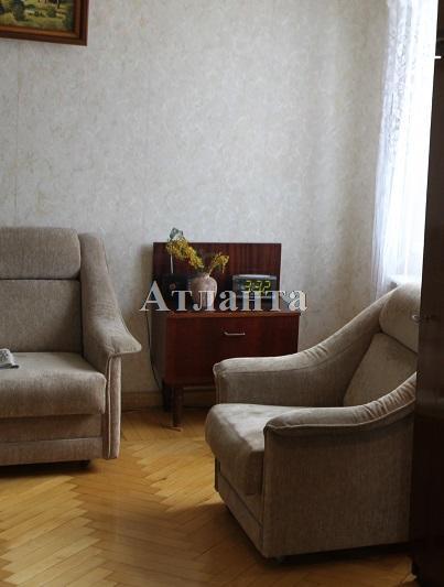 Продается 2-комнатная квартира на ул. Космонавтов — 37 000 у.е.