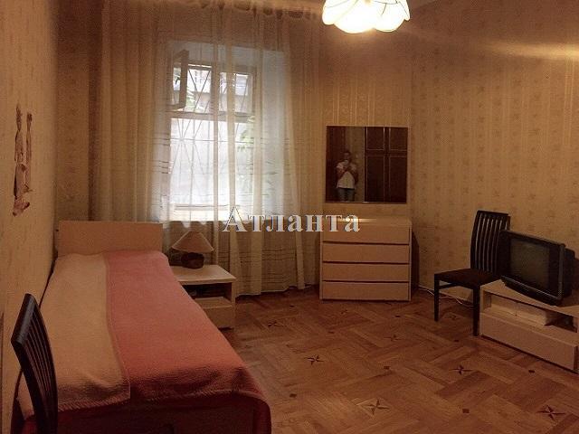 Продается 3-комнатная квартира на ул. Пантелеймоновская — 63 000 у.е.