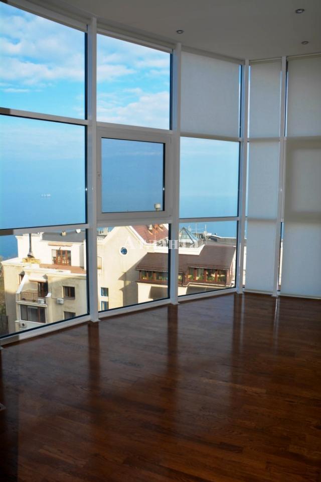 Продается 3-комнатная квартира в новострое на ул. Лидерсовский Бул. — 550 000 у.е. (фото №18)
