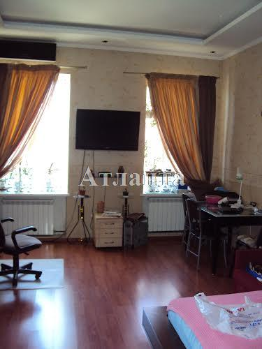 Продается 2-комнатная квартира на ул. Прохоровская — 42 000 у.е.