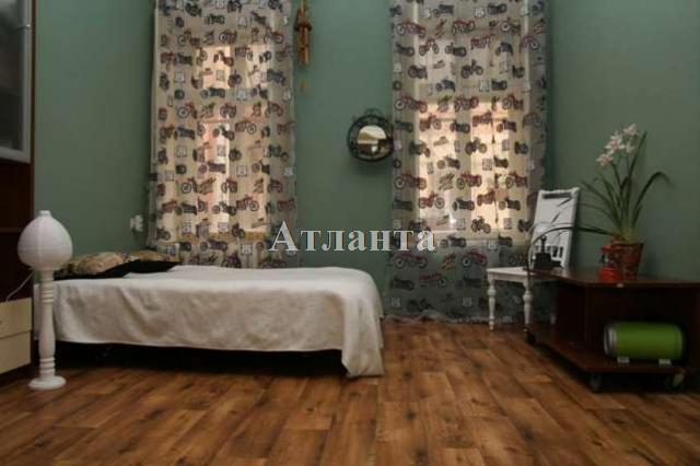Продается 3-комнатная квартира на ул. Нежинская — 89 000 у.е.