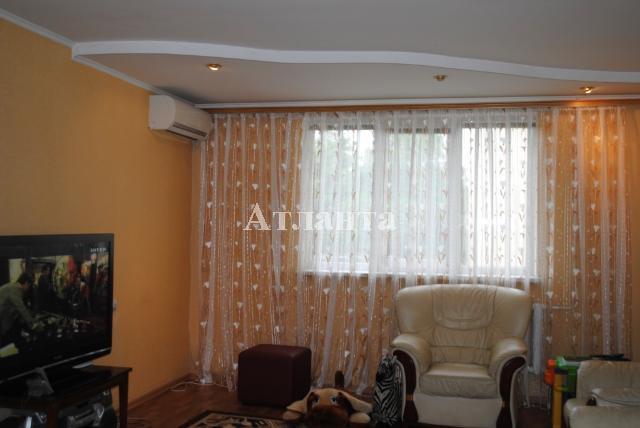 Продается 4-комнатная квартира на ул. Скворцова — 65 000 у.е.