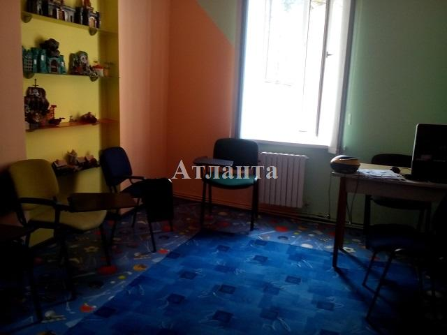 Продается 3-комнатная квартира на ул. Канатная — 65 000 у.е.