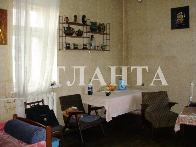 Продается 2-комнатная квартира на ул. Хмельницкого Богдана — 27 000 у.е.