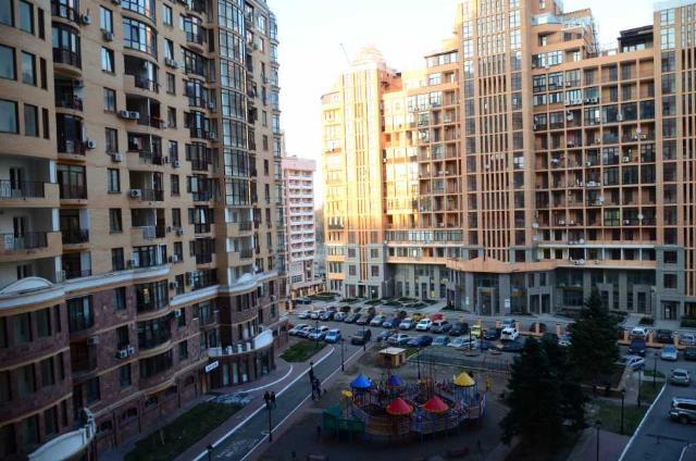 Продается 1-комнатная квартира на ул. Тенистая — 130 000 у.е. (фото №9)