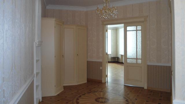Продается 1-комнатная квартира на ул. Кирпичный Пер. — 210 000 у.е. (фото №4)