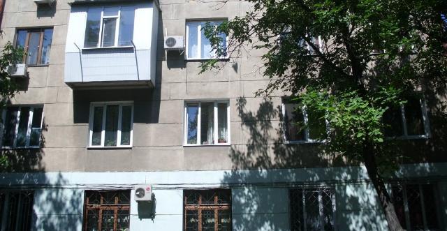 Продается 3-комнатная квартира на ул. Хмельницкого Богдана — 60 000 у.е.