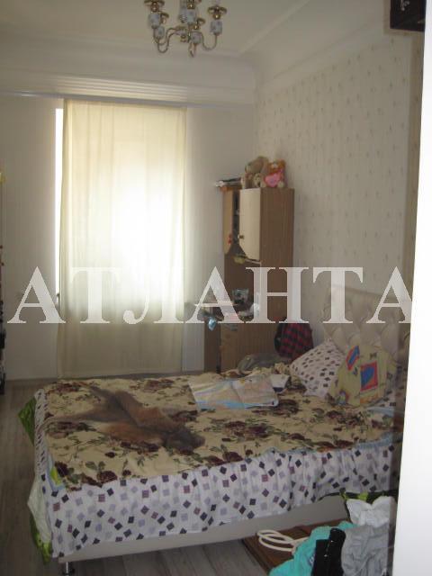 Продается 3-комнатная квартира на ул. Прохоровская — 45 000 у.е.
