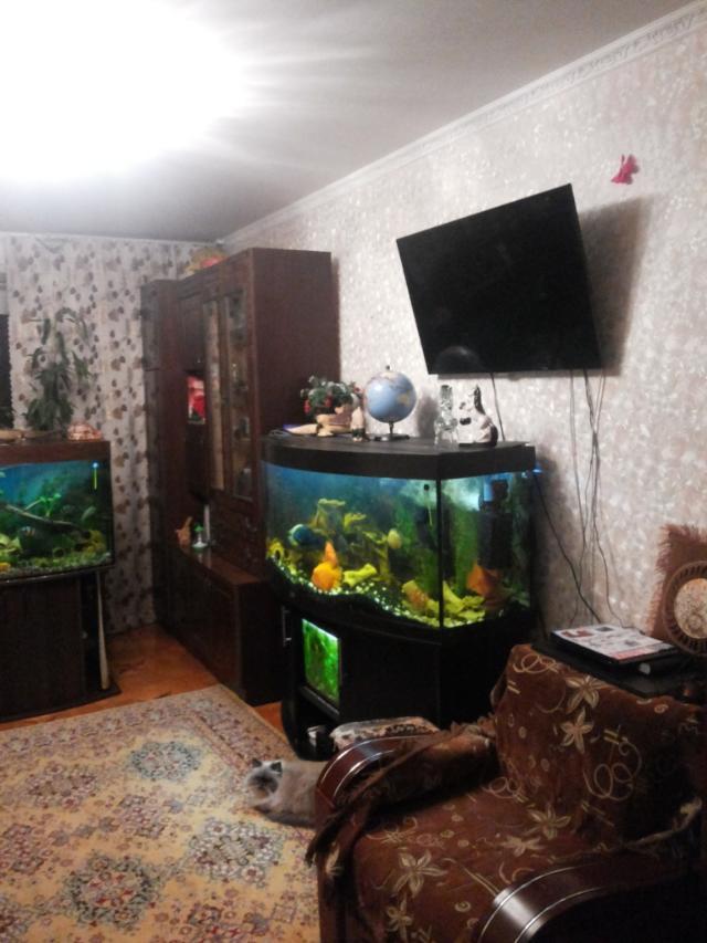 Продается 3-комнатная квартира на ул. Средняя — 56 000 у.е.