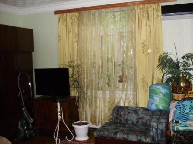 Продается 3-комнатная квартира на ул. Косвенная — 50 000 у.е.