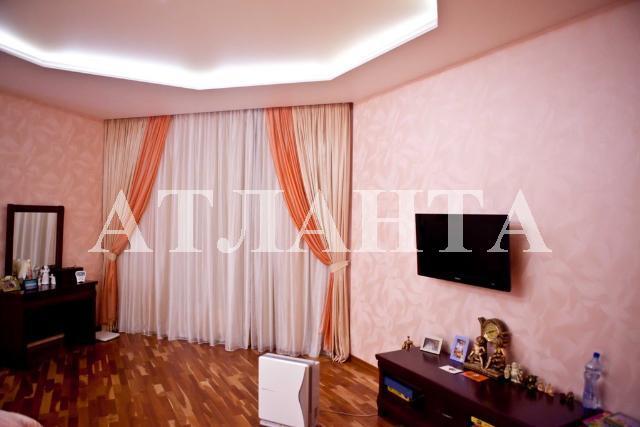 Продается 3-комнатная квартира на ул. Маршала Говорова — 235 000 у.е.