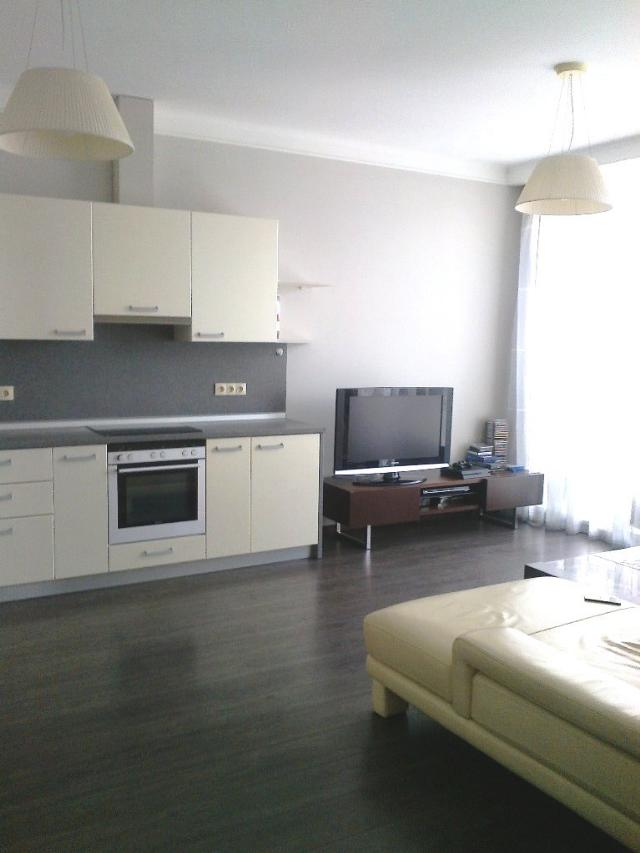 Продается 1-комнатная квартира на ул. Литературная — 108 000 у.е.