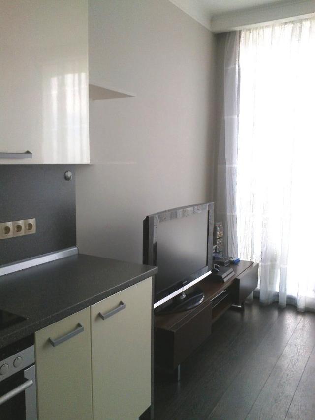 Продается 1-комнатная квартира на ул. Литературная — 108 000 у.е. (фото №2)