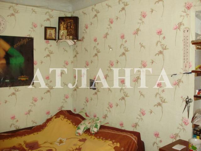 Продается 2-комнатная квартира на ул. Колонтаевская — 20 000 у.е.