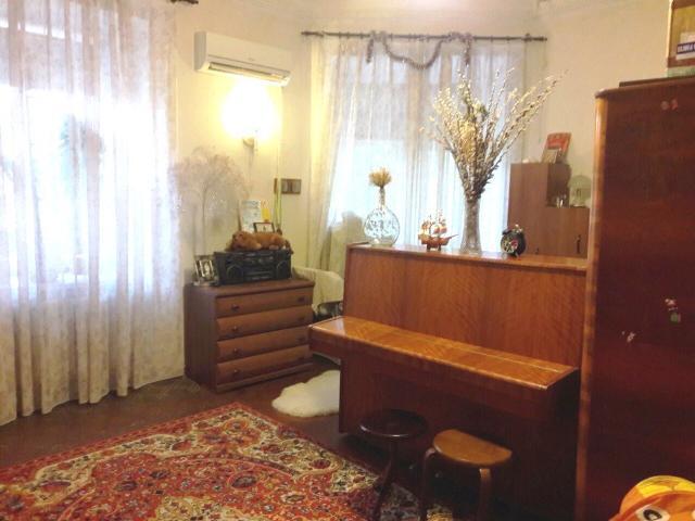 Продается 1-комнатная квартира на ул. Высокий Пер. — 28 000 у.е.