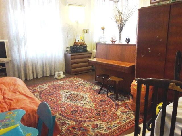 Продается 1-комнатная квартира на ул. Высокий Пер. — 28 000 у.е. (фото №2)